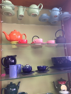 Teapots & crockery
